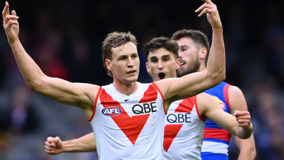 Swans call for pre-season draft change after Dawson defection