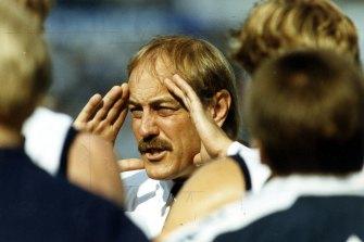 Malcolm Blight coaching Geelong.