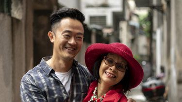 Benjamin Law and his mum, Jenny, in Waltzing the Dragon.