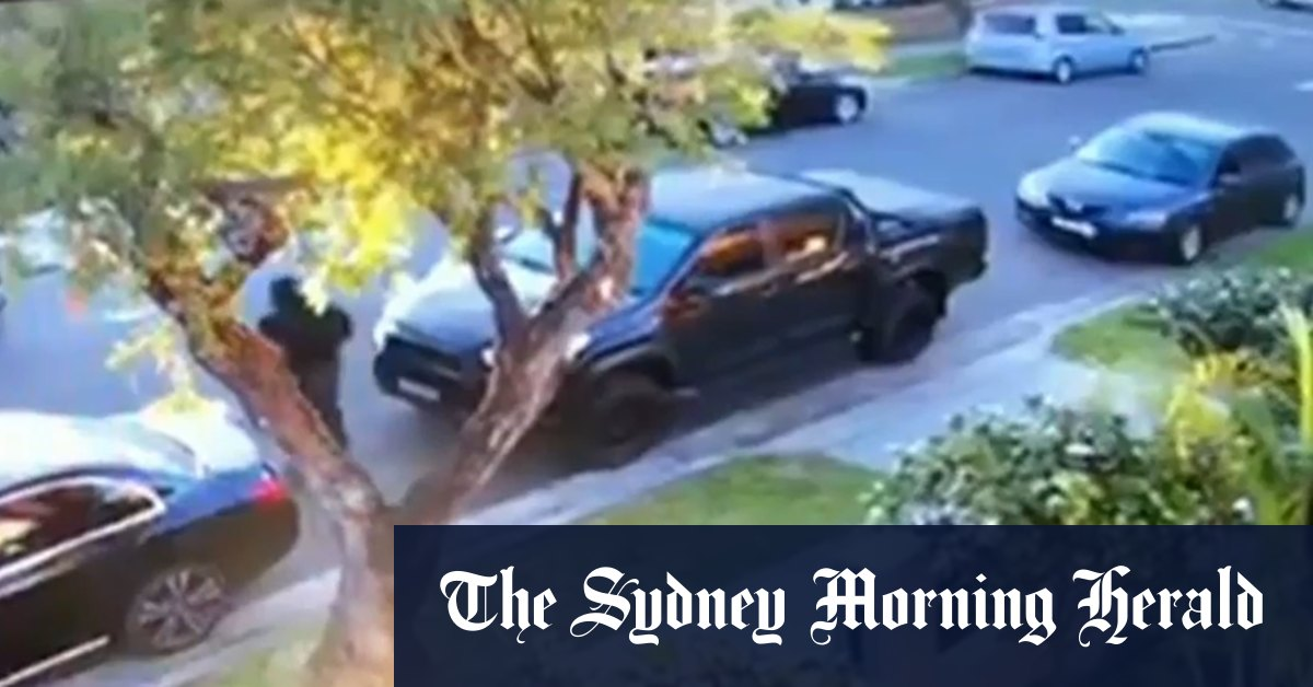 CCTV shows moment Sydney father shot outside home – Sydney Morning Herald