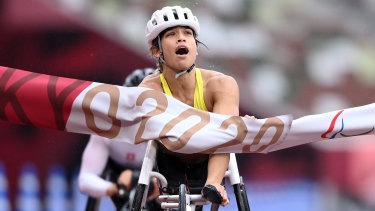 Madison de Rozario after winning gold in her marathon event.