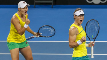 Ashleigh Barty and Sam Stosur put Australia through to the Fed Cup decider.