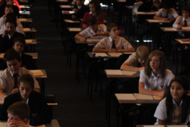 It's time to lift the bonnet on Australia's schools, the Productivity Commission says.