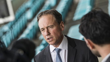 Health Minister Greg Hunt has promised to set up a searchable website listing doctors' fees.