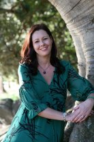 Kate Forsyth grew up determined to be a writer. Her brother and sister are also writers.