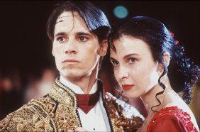 Paul Mercurio and Tara Morice in Strictly Ballroom.