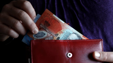 The ABS has reported a 0.6% lift in wages through the December quarter.