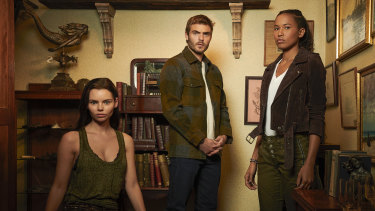 Eline Powell is Ryn, Alex Roe is Ben Pownall, and Fola Evans-Akingbola is Maddie Bishop in Siren.