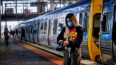Researchers say public transport card data could provide a rapid way of contact tracing once coronavirus restrictions are lifted.