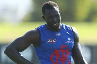 Majak Daw has signed with the Demons.