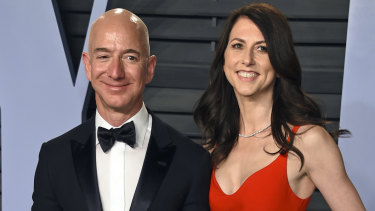 Jeff Bezos and MacKenzie Bezos at the Vanity Fair Oscars Party in 2018.