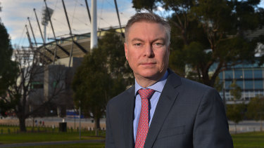Sydney Swans chairman Andrew Pridham wants the grand final to be played as a best-of-three tie, and not exclusively at the MCG.