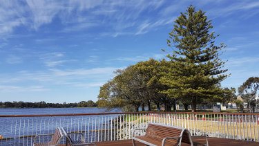 A new walking and recreational trail along the East Perth foreshore.
