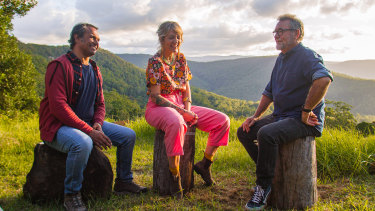 Aaron Pedersen and Holly Ringland with John Williamson in Back To Nature.