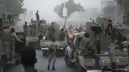 Scores killed in Yemen military camp attack