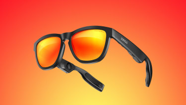 Zungle's Viper makes for a gaudy pair of sunglasses and a weak set of earbuds, but as an extension of your digital assistant it works well.