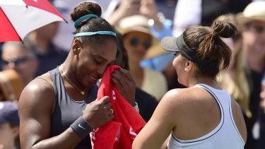 Bianca Andreescu (right) consoles Serena Williams.