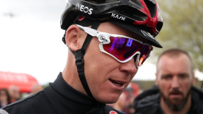 Froome, in intensive care after crash, may be awarded 2011 Vuelta