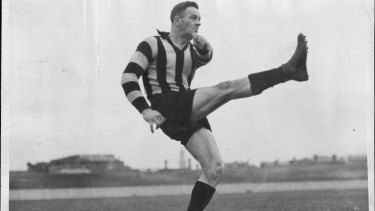 Collingwood's Gordon Coventry kicked 1299 goals.
