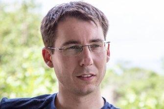 Australian computer security researcher Mark Dowd.