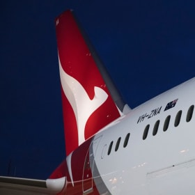 Qantas opens direct link to Europe with historic flight