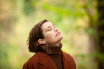 Emmanuelle Devos plays Anne Walberg, a woman with an acute sense of smell, in Perfumes.