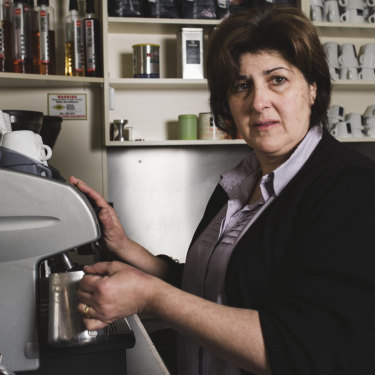 Dina Dracopoulos owns Cosmo Cafe in Bombala.