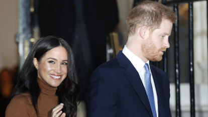 Prince Harry and Meghan to give up royal titles, access to public money