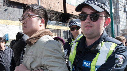 Beijing supports 'patriotic' protests against Hong Kong students in Australia