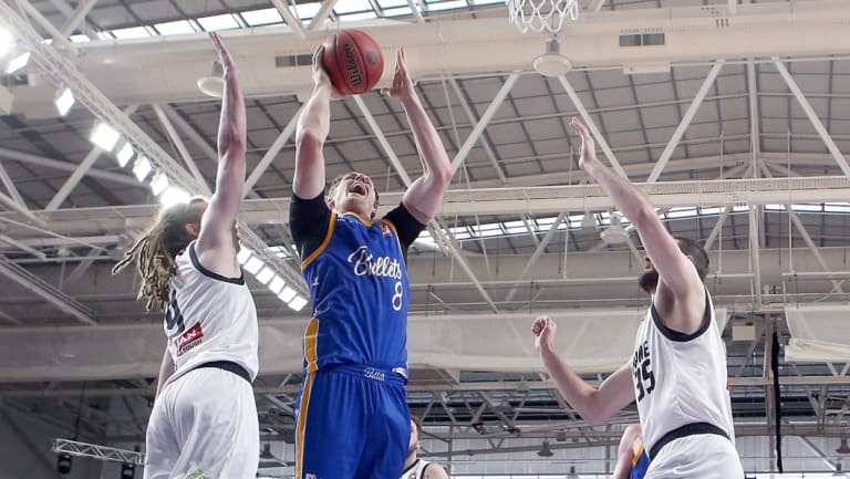 On target: Bullets' Cameron Bairstow splits United's defence.