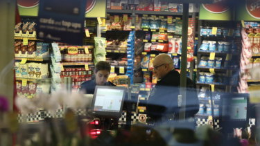 The man who threatened staff at IGA in Pyrmont is on the loose.