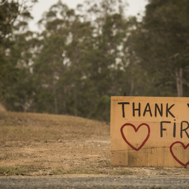 A thank you sign at Yarravel, west of Kempsey.