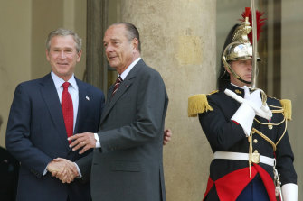 Chirac with the US president George W Bush in 2004.