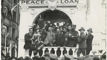 The great orator: prime minister Billy Hughes speaks for the cause of conscription in Sydney's Martin Place in 1916.