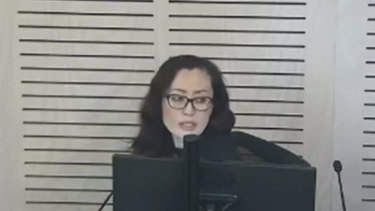 Maggie Wang, associate of former Wagga Wagga MP Daryl Maguire, giving evidence at ICAC.