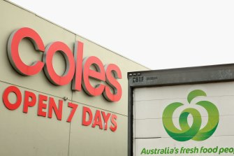 Supermarkets have been granted special permission to work together by the ACCC.