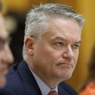 Senator Mathias Cormann ruled out a move away from fossil fuel investing on behalf of the Future Fund in Parliament this week.