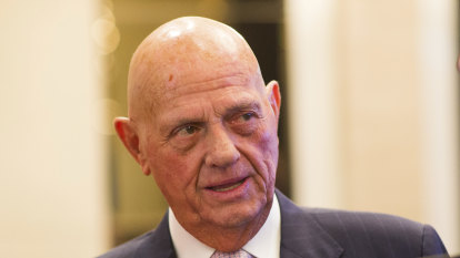 'Blind Freddie can see it': Myer headed for administration says Solomon Lew