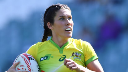 Aussie women lose sevens final to NZ, but stride towards Olympics