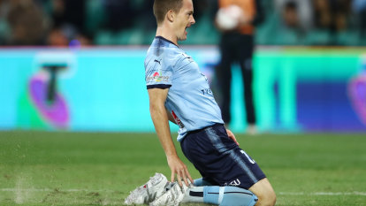 English championship clubs preparing to swoop for Sydney FC star