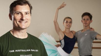 Australian Ballet artistic director David McAllister to step down