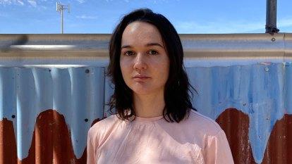 Thea Perkins wins $20,000 First Nations emerging artist award
