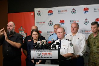 NSW Premier Gladys Berejiklian and Rural Fire Service Commissioner Shane Fitzsimmons briefed the media at RFS headquarters on Saturday.