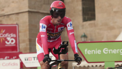 Haig claims podium place as Roglic seals hat-trick