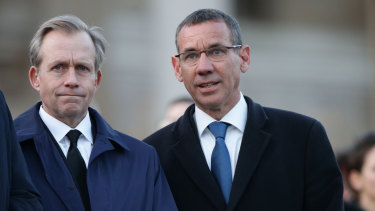 US ambassador to Britain Lew Lukens (left) with Mark Regev at the candlelight vigil in Trafalgar Square to remember those who lost their lives in the Westminster terrorist attack.