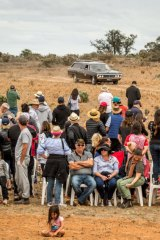 The hearse carrying the ancestral remains arrives at Lake Mungo.