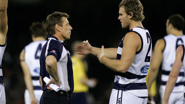 Then Geelong coach Mark Thompson speaks to Cam Mooney in 2007.