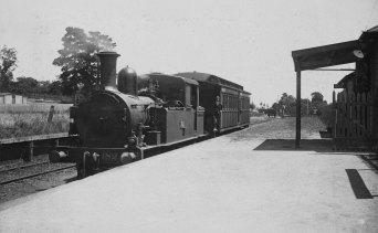 The Deepdene Dasher steam train at Deepdene station, 1926.