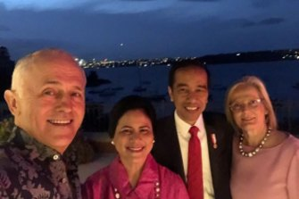 Malcolm Turnbull and Joko Widodo, pictured here in a selfie with their wives, are known to get along well.