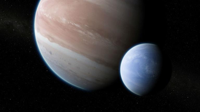 Exoplanet Kepler-1625b with a hypothetical moon. <br> <em>Illustration Dan Durda via AP</em>